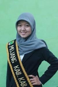 Finalis Pasanggiri Mojang Jajaka Karawang (MOKA) 2011 - Mutia